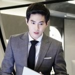 新ドラマ「リッチマン」EXO スホのスチールカットを公開…スーツでカリスマ性溢れる姿をアピール