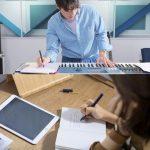 エディ・キム、自作曲の告白ソング「Woh Woh」でカムバック…キム・イナ作詞家とコラボ