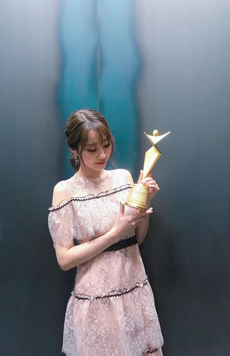 【公式】「NINE MUSES」キョンリ、「アジアモデルアワード」ファッショニスタ賞を受賞