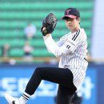 「PHOTO@ソウル」iKONチャヌ、韓国プロ野球リーグの始球者として登場