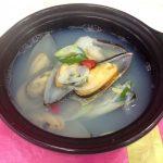 趙善玉(チョ・ソンオク)先生の料理連載!ぜんだま先生の韓国料理レシピ「ムール貝のスープ(홍합탕)」