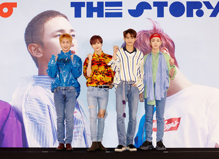 「SHINee」、6thアルバムの2枚目「The Story Of Light EP.2」iTunes25地域で1位獲得!