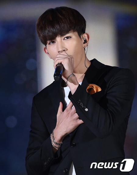 韓国アイドル、大阪での地震を心配する声…「U-KISS」・「VIXX」・「MOMOLAND」など