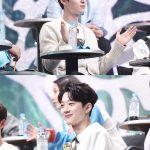 Wanna Oneファン・ミンヒョン&ライ・グァンリン、覆面歌手と3人組で2倍速ダンス披露