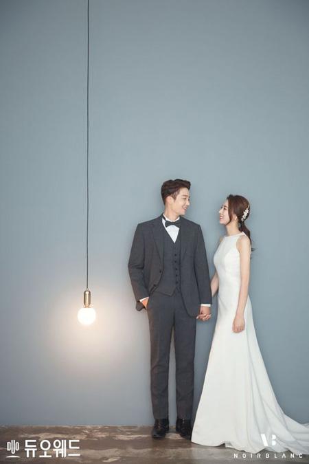 一般女性と結婚発表した俳優キム・ジヌ、ウェディング画報を公開