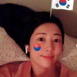"""日本人タレントのサユリ、""""光復節・太極旗""""写真を削除…一部の非難コメントを意識か"""