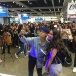 f(x) エンバ、モバイル生放送「UP LIVE」で5万5000人のファンと交流…アメリカ進出を祝福