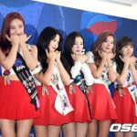「Red Velvet」、単独コンサートに先駆け記者会見「『Red Flavor』より『Power up』」