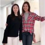 """歌手オク・チュヒョン、""""フィギュアクイーン""""キム・ヨナとの2ショット写真を公開"""