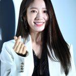 「PHOTO@ソウル」女優パク・シネ、ファッションブランドの「2019 S/S コレクション」に出席