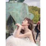 【トピック】「EXID」ハニ、女神のような優雅な表情でパリでも輝くドレス姿を公開