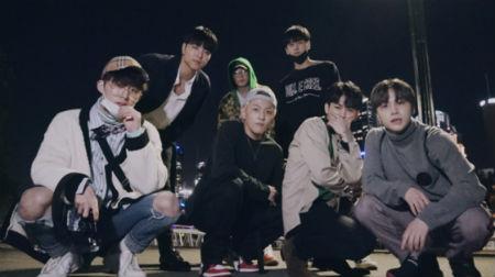 「iKON」、メルボルン探訪記公開…年末カムバック・1月コンサート開催へ