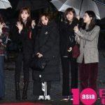 「PHOTO@ソウル」TWICE「ミュージックバンク」のリハーサルに参加…雨でも輝く美貌