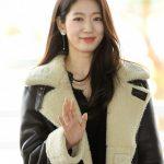 「PHOTO@仁川」女優パク・シネ、女神のような雰囲気を漂わせて出国…イベント出席のため香港へ