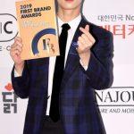 「PHOTO@ソウル」ASTROウヌ、Stray Kidsら出席「2019 大韓民国ファーストブランド大賞授賞式」のフォトワールイベント開催…2019年を輝かせるスターたち