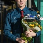 「SS501」キム・ヒョンジュン(マンネ)、感涙の除隊「良い活動で応えていく」