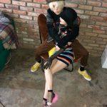 """【トピック】歌手ヒョナ&イドン、""""これがリアルカップルの姿""""バックハグ写真を公開"""