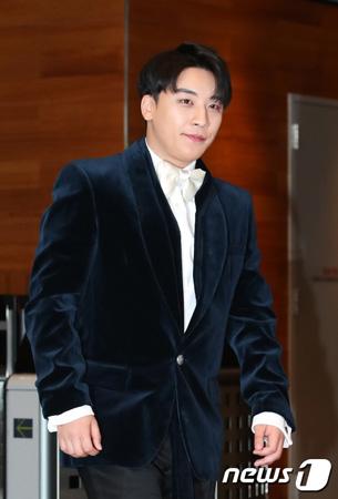 V.I(BIGBANG)運営クラブの元スタッフが暴露 「VIPルームで麻薬が横行」=番組での証言に衝撃広がる