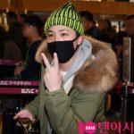 「PHOTO@金浦」FTISLANDイ・ホンギ、日本でのファンミーティングに出席するため韓国出国