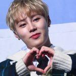 """「PHOTO@ソウル」Wanna One出身ハ・ソンウン、1stミニアルバムのショーケース開催…""""ソロでデビューします"""""""