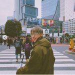 """B.A.P デヒョン 日本渋谷での写真公開!""""死ぬ日まで僕は音楽と共にします。応援してください。"""""""