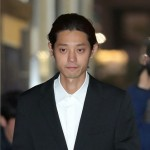 わいせつ動画違法撮影の歌手チョン・ジュンヨン、検察が逮捕状を請求