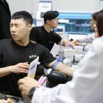 【トピック】入隊中の「INFINITE」ソンギュ&俳優カン・ハヌル、採血時の対照的な反応が話題