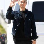 「PHOTO@浦項」SHINeeミンホ、(今日)15日、海兵隊に入隊…明るい笑顔でファンにあいさつ