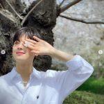 <トレンドブログ>「ASTRO」チャ・ウヌ、桜の木の下でも眩しすぎるビジュアルを放つ!