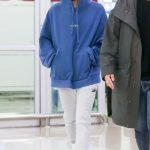 <トレンドブログ>[空港写真]「SHINee」テミン、ソロコンサートグッズのフードパーカーを着て帰国~~^^