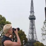 キム・ジュンス、名古屋でのひと時を公開…かっこいいフォトグラファーに変身