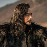 """チャン・ドンゴン、「アスダル年代記」で破格的な変身…""""長髪+皮の鎧"""""""