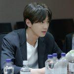 U-KISSジュン、新ドラマ「ミスター期間制」の台本読み合わせ現場を公開