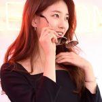 「PHOTO@ソウル」女優スジ「サングラスでも隠せない、美しすぎる微笑み」