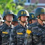 """<トレンドブログ>「SHINee」ミンホ、入隊後近況…""""海兵隊で映画撮ってるの??""""輝くビジュアル♥"""