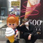 キム・ジェジュン、スケジュールの合間に札幌を楽しむ…アイスクリームにドラえもん、キュートな姿満載