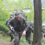 「コラム」韓流スターはどんな新兵訓練を受けるのか3/最後の関門「行軍」