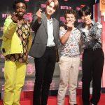 「PHOTO@ソウル」EXOカイ&スホ、ファンに送るハート…「ストレンジャー・シングス シーズン3」のレッドカーペットイベントに登場