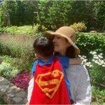 <トレンドブログ>ハン・ジミン、休日は甥っ子と一緒に…幸せな笑顔☆