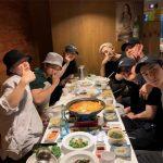 「EXO」、D.O.入隊前にメンバーで食事会