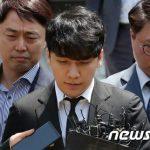 V.I(元BIGBANG)、性売買・横領など7つの容疑で検察送致