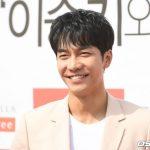 「PHOTO@ソウル」俳優イ・スンギ輝く笑顔!ファンサイン会に出席