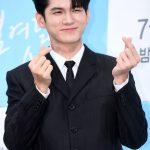 「PHOTO@ソウル」オン・ソンウ、俳優として帰ってきた…ドラマ「十八の瞬間」の製作発表会に出席