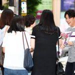 俳優ユン・シユン、ドラマ「緑豆の花」打ち上げ現場にファン集合でミニファンミーティングに