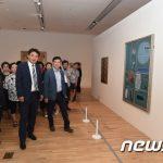 防弾少年団(BTS)フアンの新しい聖地に?リーダーRMが訪れた北ソウル美術館連日大盛況!