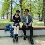IU運営チャン・マンウォルSNS、ヨ・ジングとツーショット…素敵な絵、素敵な天気、そして?
