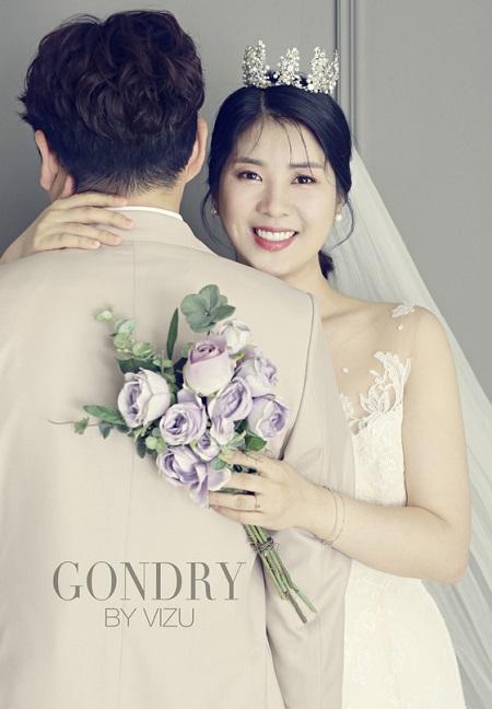タレントのカン・ユミが結婚…「この人だ」と確信