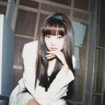 """<トレンドブログ>「BLACKPINK」ジェニー、前髪おろして美貌更新…""""胸キュンビジュアル"""""""