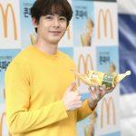 「PHOTO@ソウル」2PMニックン、マクドナルド「タイの味コーンパイ」イベントに出席