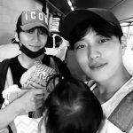 チソン&チャン・スンジョ、赤ちゃん抱いて育児会合…「久しぶりに会う」